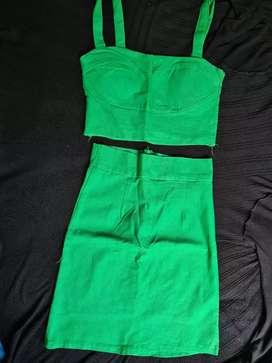 Dress dan Jumsuit Wanita
