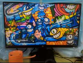 HP 22inch Full HD monitor 1 year old excellent condition with box