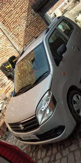 car booking k liye sampark kare..