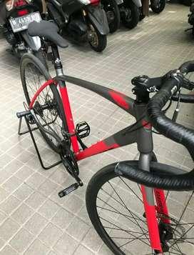 Roadbike Element FRC51 baru pakai 2 Bulan Strattos Intertia