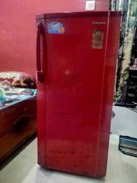 Old but best cooling Samsung fridg