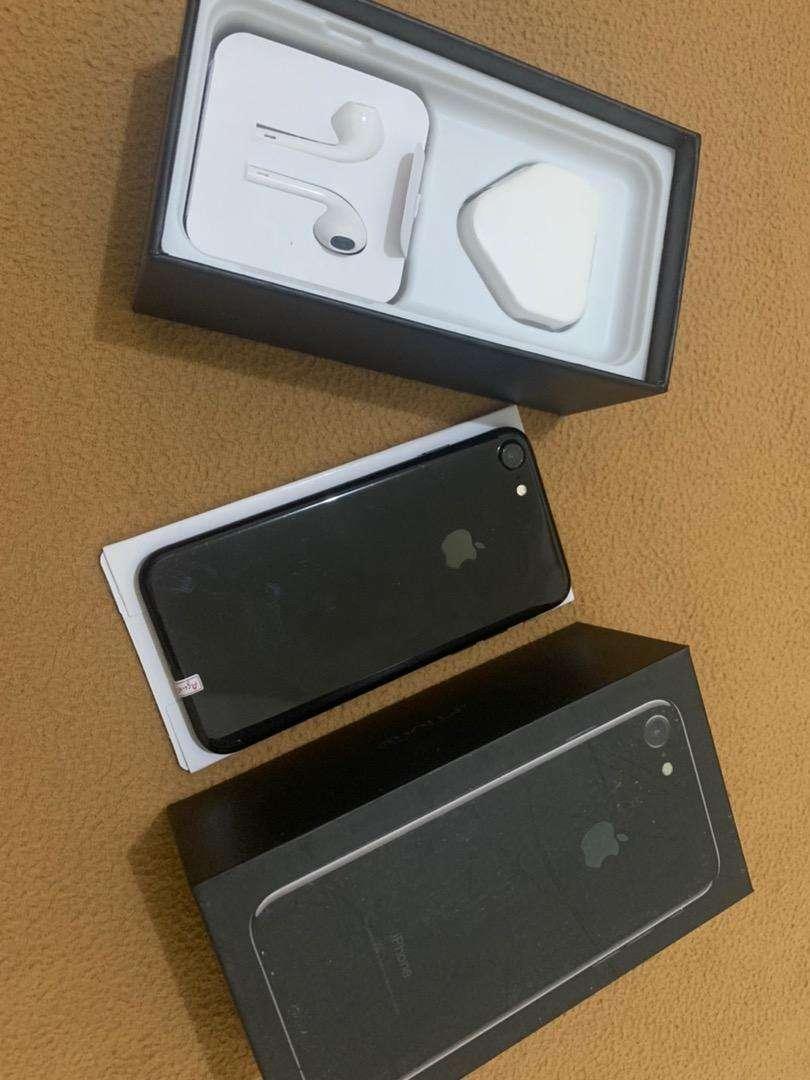 Iphone 7 128gb fullset like new