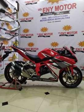 Honda CBR 250RR thun 2016 barang istimewah
