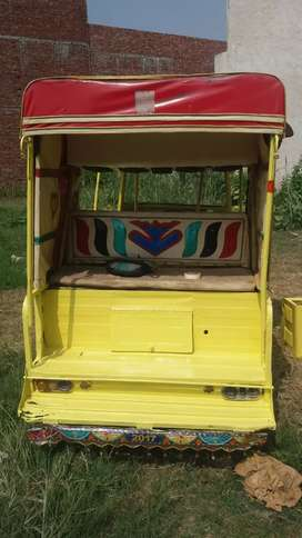 Rozgar rickshaw 2014 model good condition