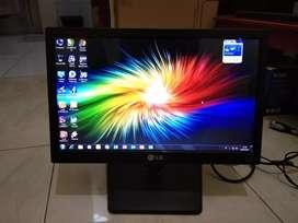 LED Monitor komputer LG E1642C 16 inch Wide Normal no Minus