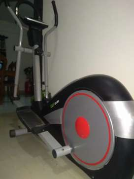 Propel fitness equipment CX83i