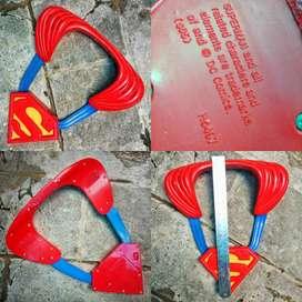 Part costume superman.dc comics.