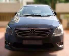 Toyota Innova 2012 Diesel 130000 Km Driven