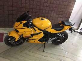 Hyosung, 250cc, special edition color bike