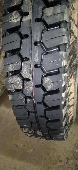 916 jcb front tyre 2 tyre
