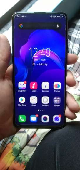 Vivo v15 pro 6 / 128GB internal nd phone in new condition