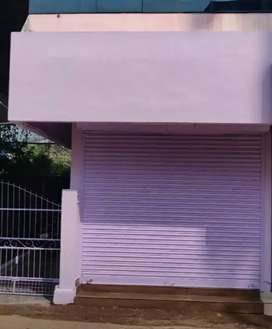 Shop/Office Room for rent