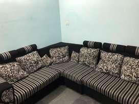 L- Shape sofa of four pieces