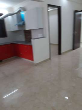 3 Bhk spacious flat with stilt parking available in Vasundhara sec - 5