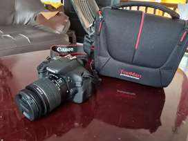 Canon 600D for sale very less used gulf piece