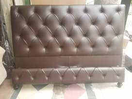 Leather tufted bed set