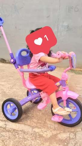 sepeda anak roda tiga bmx besi like a new