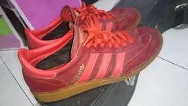 Adidas Spezial Fire