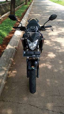 Dijual Cepat Ada Apanya Honda CB150R Street Fire Black