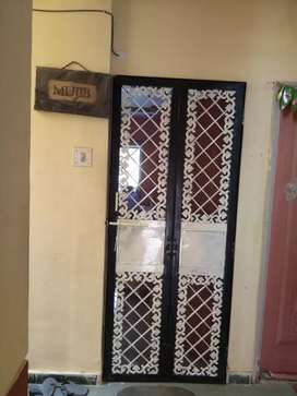 Flat for sale ready to move excellent house condition