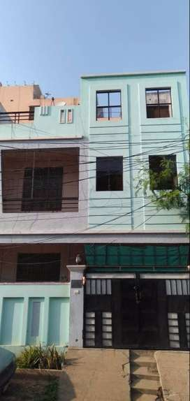 150sqr Yads independent house G+1 sun city PNT colony directly owner.