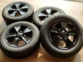Ring16 Pcd 5x114,3 Velg Dan Ban Velg Copotan Toyota kijang Innova