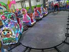 Kereta lantai fiber gerbong mini coaster AF