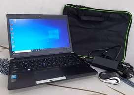 Toshiba portege R30a Core i5 4210m 2.6ghz ram 8gb hdd 500gb siap unbk