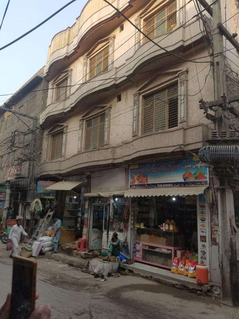 Plaza for sale ( dalazak road gulabad chock) 0