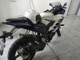 Yamaha yzf r15 masih ori