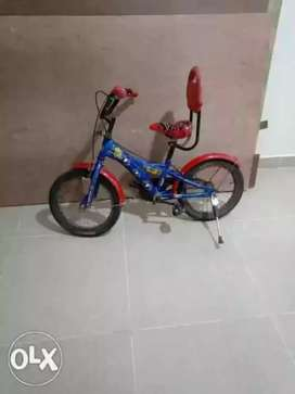 Spiderman theme bicycle in very good condition