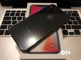 Apple I phone x (256)  free delivery 0