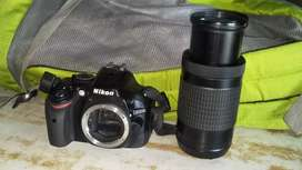 Nikon D5200 DSLR with 70-300mm Auto Focus lens with tip top condition