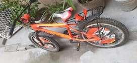 Apolo  falcon cycle in gud condition