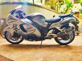 SUZUKI HAYABUSA GSX1300R (Parsi Owned and Maintained)