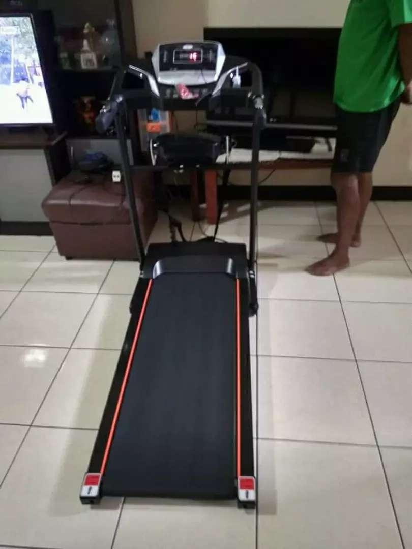 Alat olahraga treadmil elektrik 2fungsi 002 0