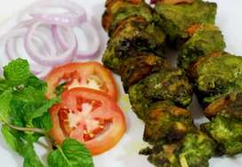 ALL ROUNDER COOK REQUIRED FOR RESTAURANT (KARIGAR CHAHIYE)