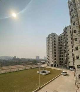 4bhk Ready to move Apartment on Airport Road