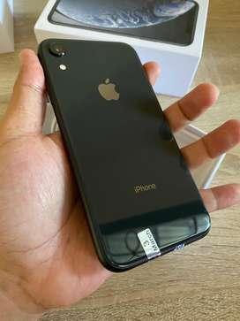 iPhone XR 64GB Grey