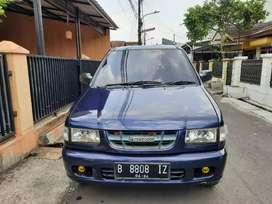 Isuzu Panther LM Th 2004