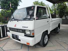 Mitsubishi L300 pick-up bensin pikep super istimewa pick up
