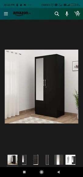 I need a warddrobe under 1000 kaise bhi chalegi lohe ki ya wood ki