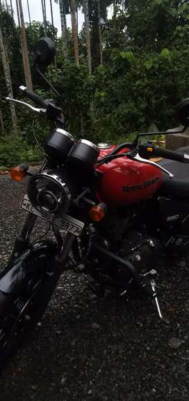 Thunderbird 350x Red For sale Neet vehicle