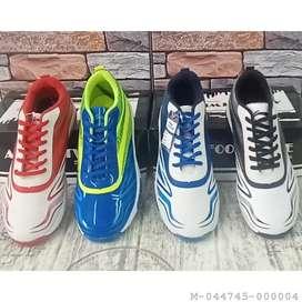 Sepatu Olahraga Badminton LI-NING