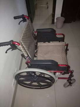 new foldable high quality wheel chair