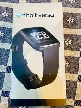 Fitbit versa unisex smart watch
