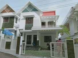 4 cent 1800 sqft 3 bhk new build house at kalamassery near kussatt