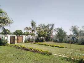 1500 sqft plot in gated township at sultanpur road