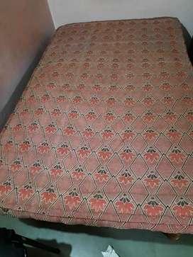 Gaadi single bed