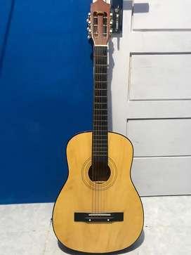 Dijual gitar kapok
